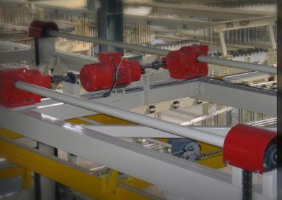 Vyřešení pohonu zdviže manipulátoru - manipulátor armovacích rámů včetně drah (pro ELTE Plzeň, Xella CZ s.r.o.) 2004