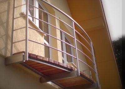Design a provedení stavebních doplňků. Vyrobeno v RYS s.r.o. 2003-2004